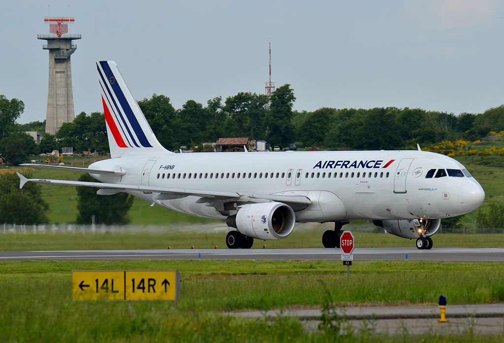Air France Fleet Airbus A320200 Details and Pictures
