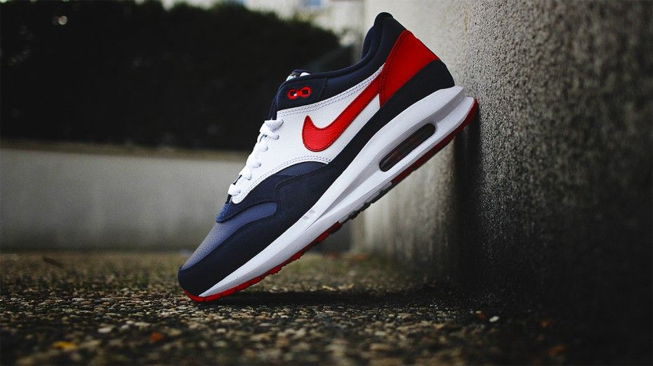 Nike Air Max Lunar1 Premium PSG iD | Th@nk God I'm FR</p>                     </div> 		  <!--bof Product URL --> 										<!--eof Product URL --> 					<!--bof Quantity Discounts table --> 											<!--eof Quantity Discounts table --> 				</div> 				                       			</dd> 						<dt class=