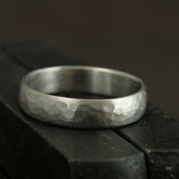 Men S Wedding Ring14k White Gold Bandperfect Hammered Etsy Hammered Gold Wedding Band Hammered Wedding Bands Men S Wedding Ring