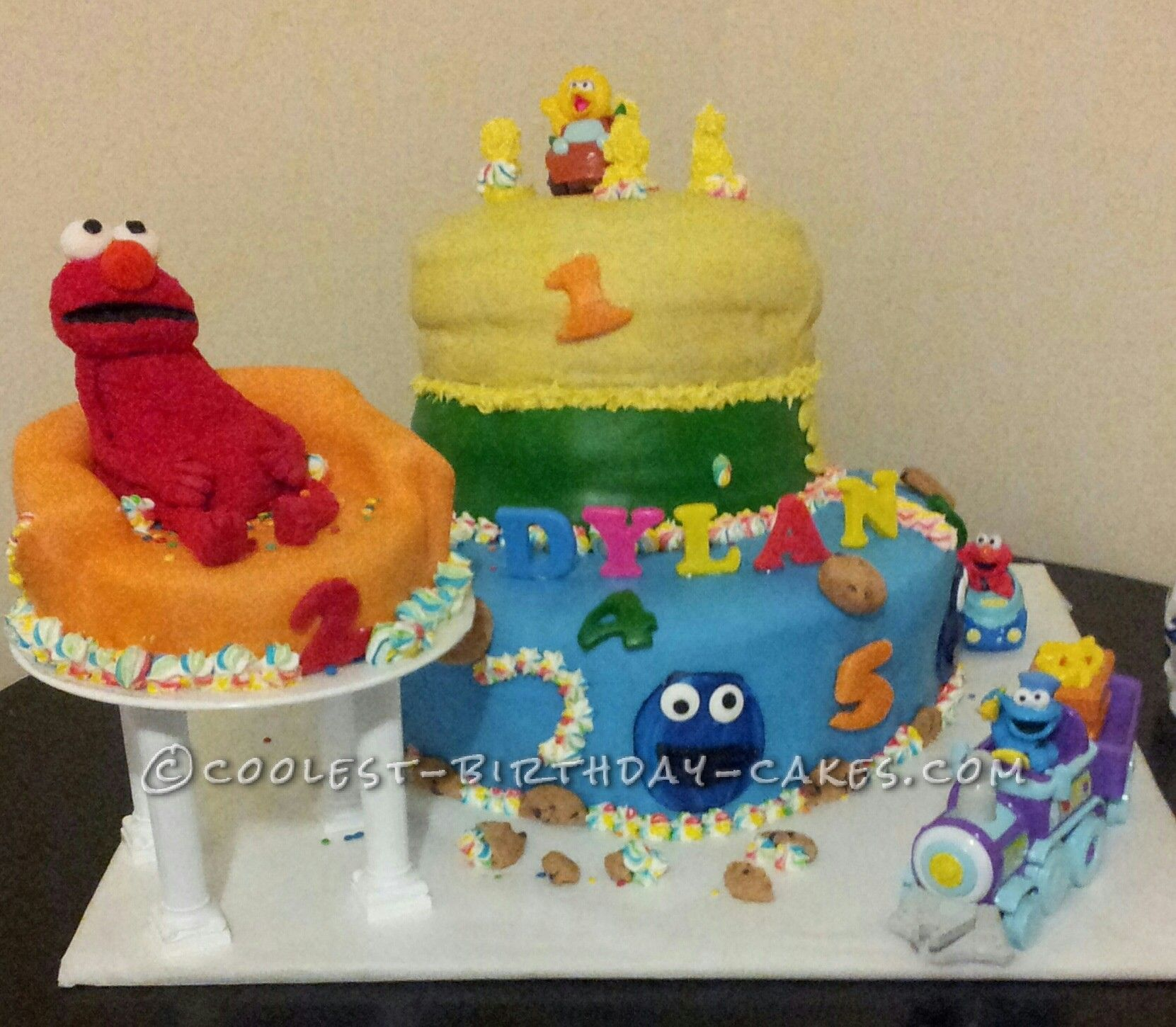 Wondrous Awesome Sesame Street Birthday Cake For A 2 Year Old Boy 2 Year Funny Birthday Cards Online Hendilapandamsfinfo