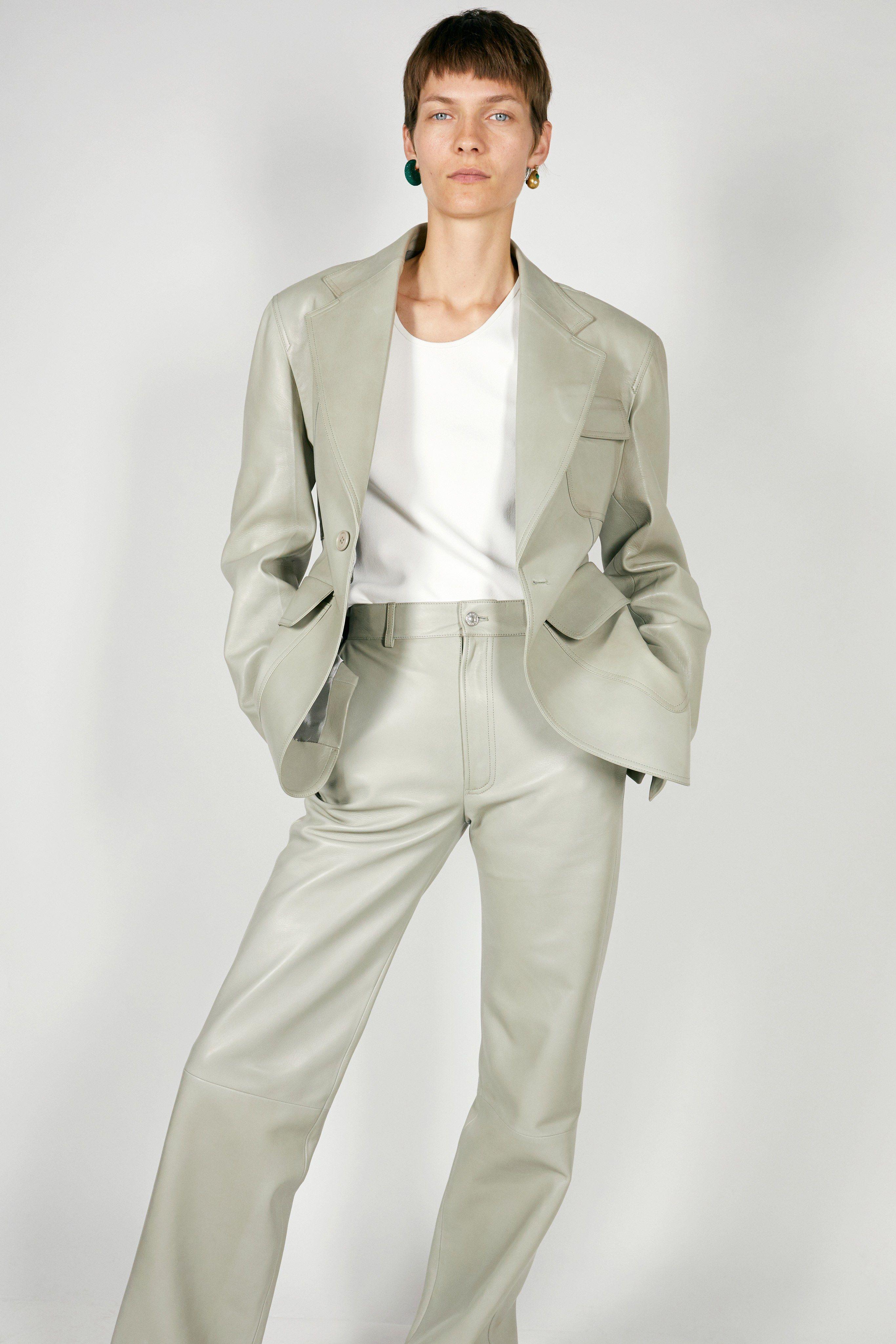 e63e330c016460 Céline Pre-Fall 2018 Collection - Vogue