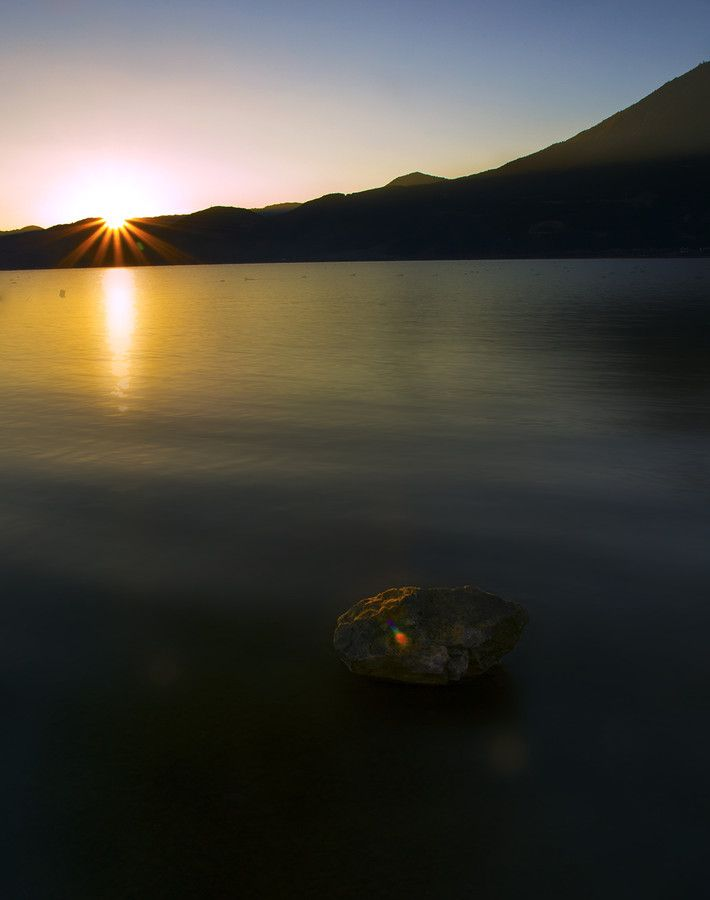 Sunrise in Lugu by Aimin  on 500px