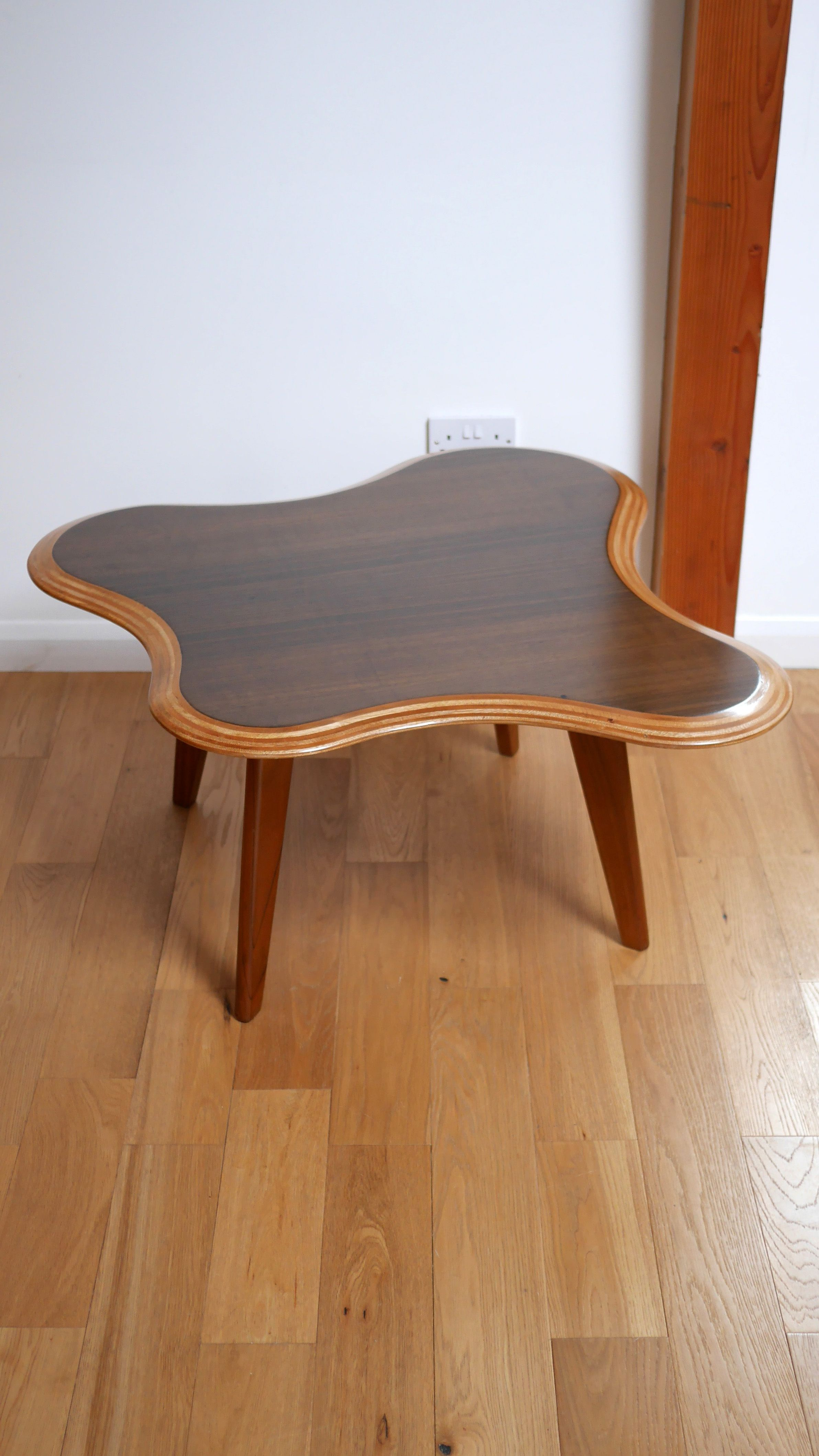 Laminated walnut and birch cloud coffee table by neil morris 1947