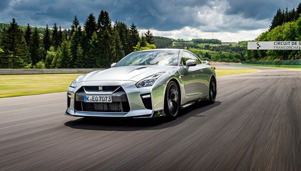 embed-2017-nissan-gt-r-silver