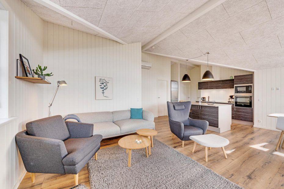 Schönes Sommerhaus in schöner Umgebung dicht am Meer