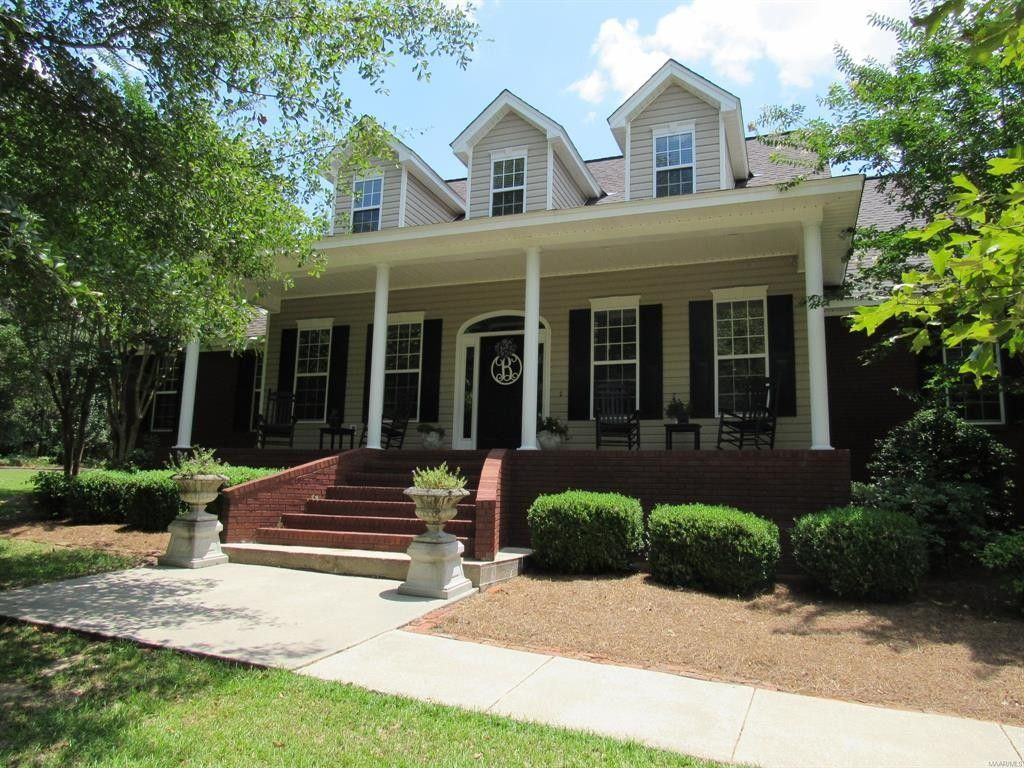 Homes For Sale In Prattville Alabama With Images Selling House Gazebo On Deck House Styles