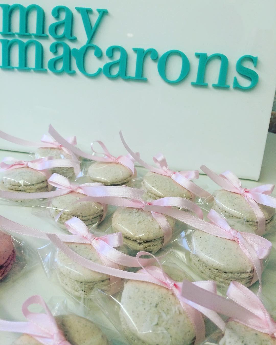 Bom dia! #maymacarons #macarons #eventos #casamento #macaronsdecorados #macaronspersonalizados #nossasembalagens