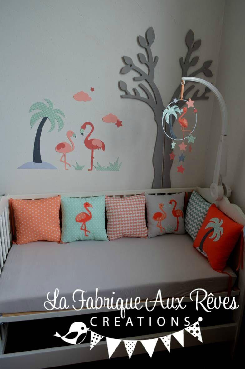 décoration chambre bébé enfant flamant rose corail saumon vert eau gris