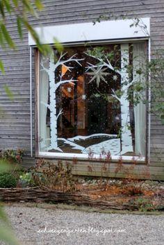 Adventsfenster+gross+Schneelandschaft+Papier+Kreidemarker+Kreidestift+malen+basteln+Ideen+Ein+Schweizer+Garten+Blog+Winterlandschaft+Birken+Herrnhuter+Stern+%2818%29.JPG (427×640)