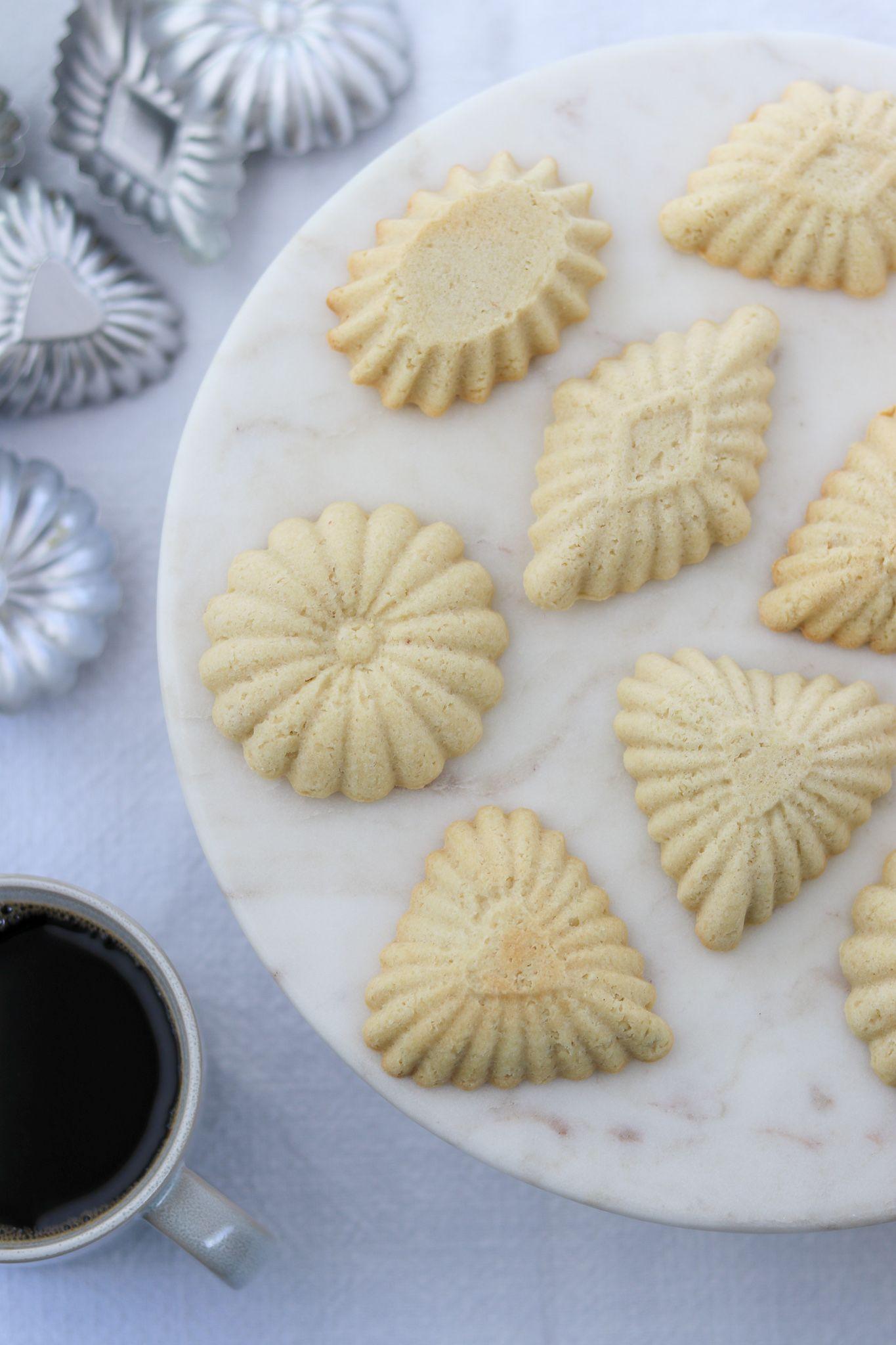 Scandinavian Almond Tartlets Sandbakkels In Norwegian Or Mandelmusslor In Swedish True North Kitchen Recipe In 2020 Tartlets Almond Flavor Almond Cookies