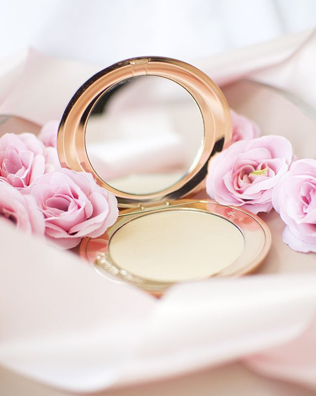 Charlotte Tilbury Air Brush Flawless Finish Powder Review