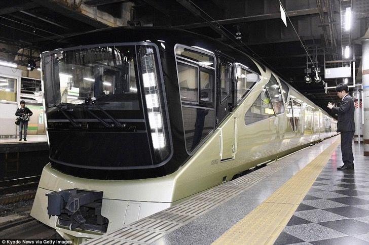 Japón una vez más nos muestra el futuro. Este impresionante tren tiene más lujos que el mejor hotel