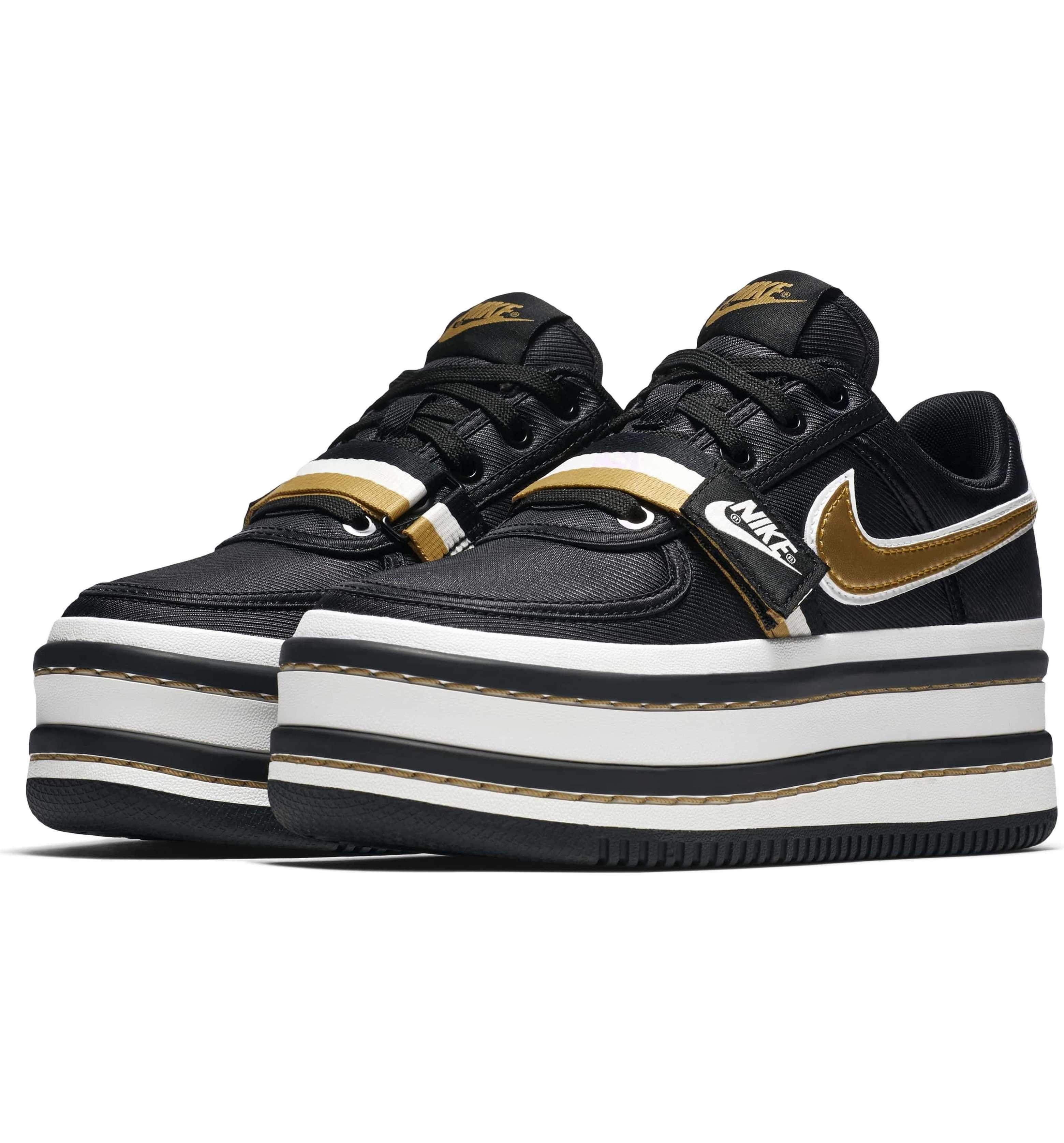 03d45ed0b5b Main Image - Nike Vandal 2K Sneaker (Women)