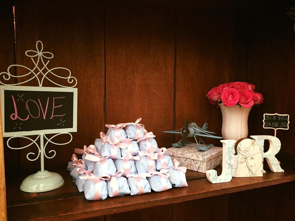 Decoração casamento azul e rosa tema navegação aérea