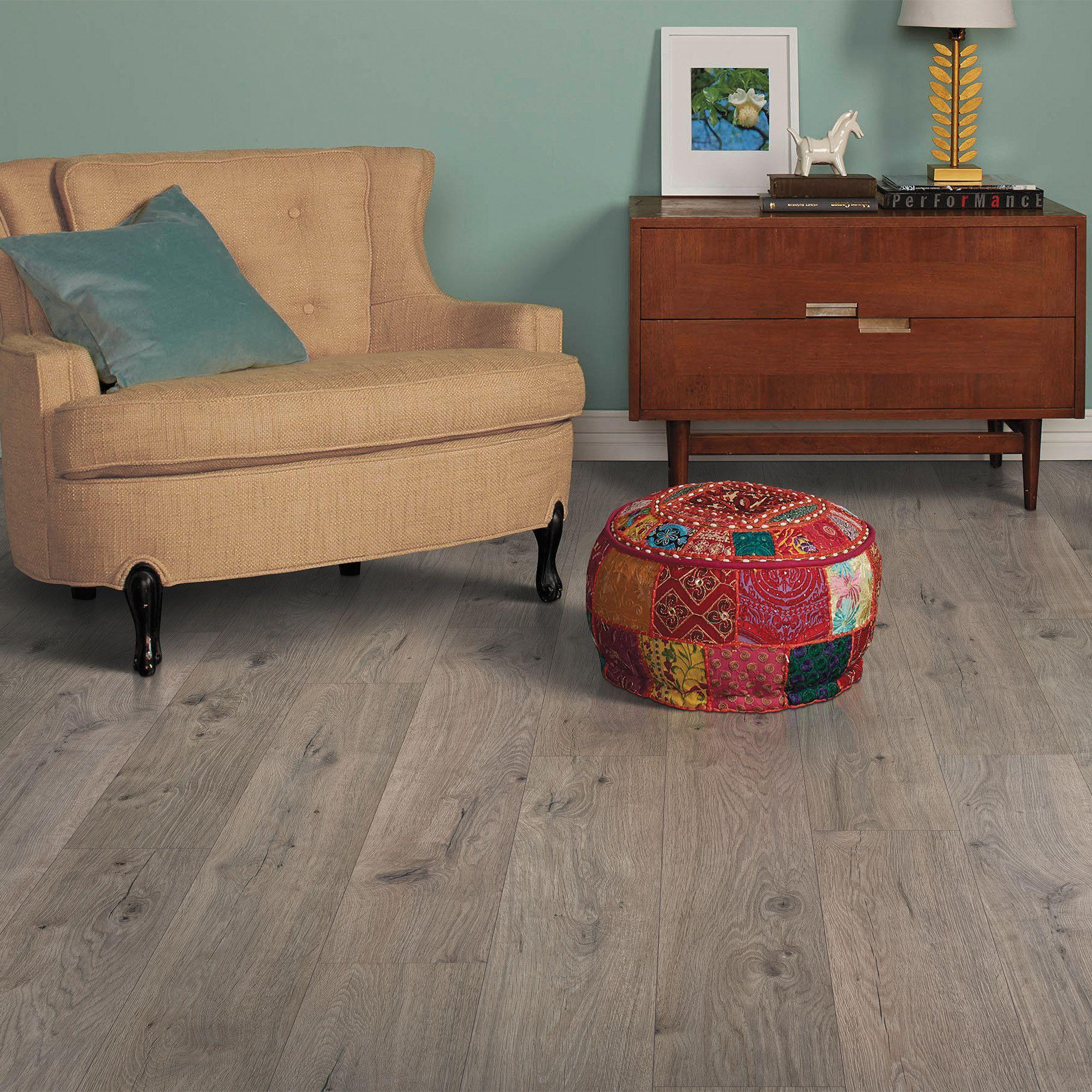 Harmonics Silverleaf Oak Laminate Flooring 22 08 Sq Ft Per