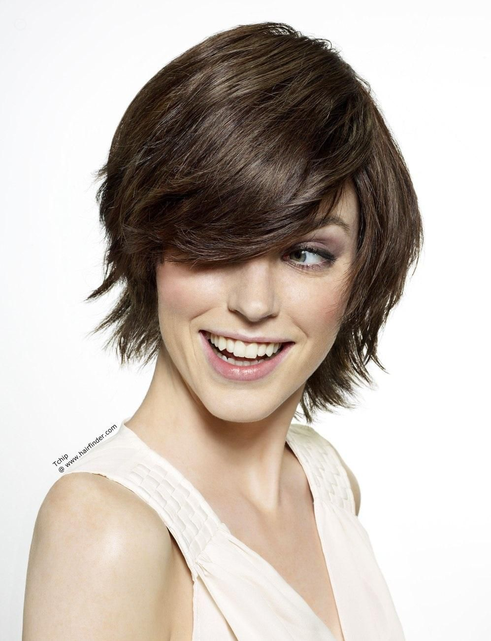 Short hairstyles low maintenance fashionista pinterest short