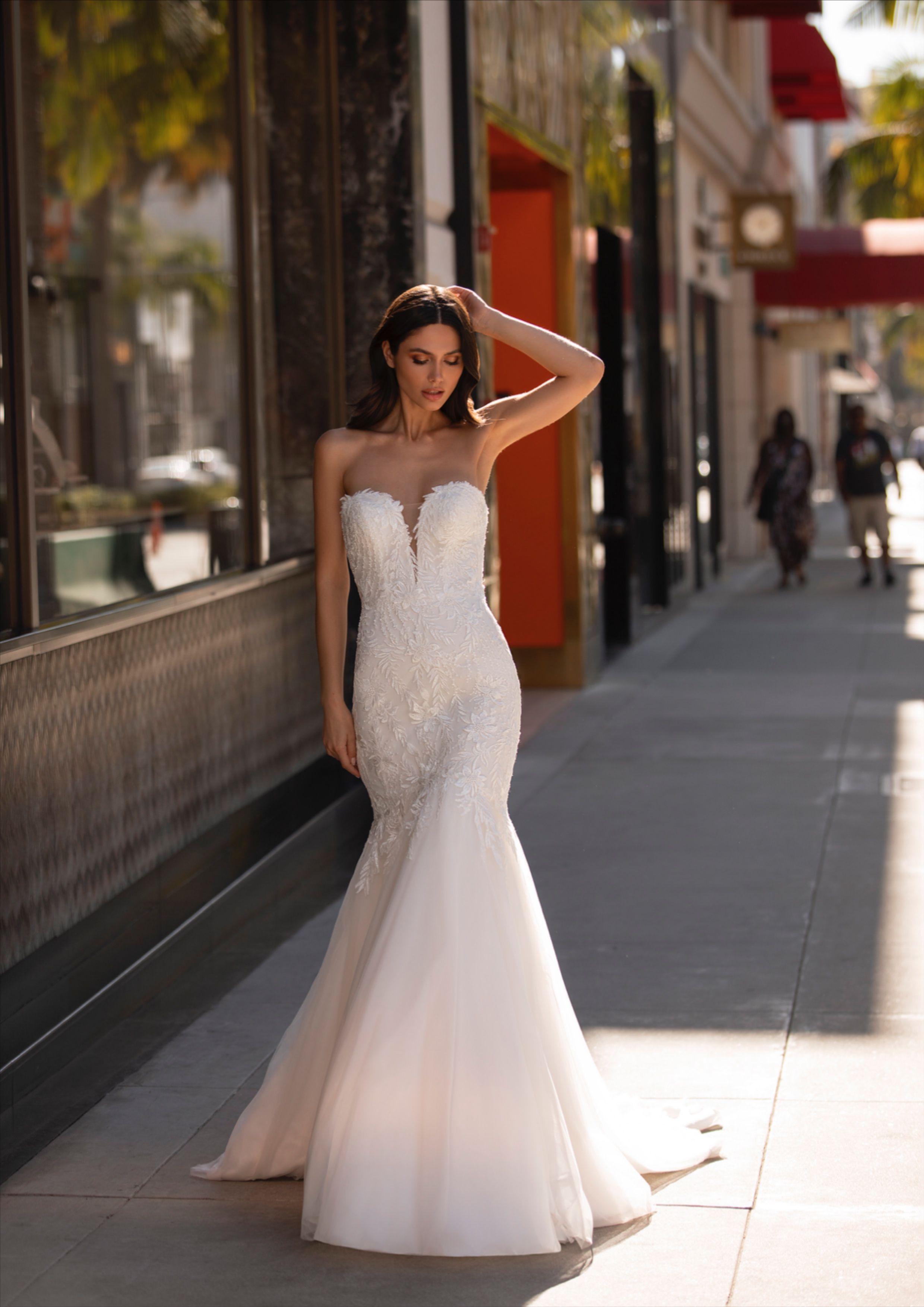 Wood Dress Pronovias2021 Pronovias Wedding Dress Mermaid Wedding Dress Wedding Dresses [ 3507 x 2480 Pixel ]