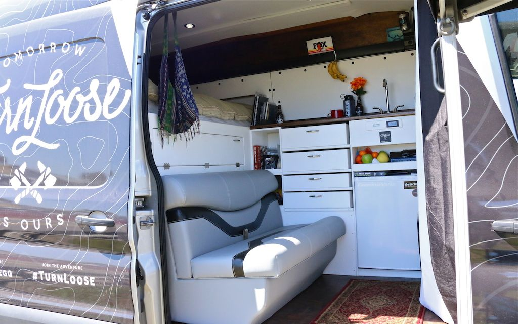 lauren gregg 39 s custom ford transit van bike misc pinterest caravane et camion amenager. Black Bedroom Furniture Sets. Home Design Ideas
