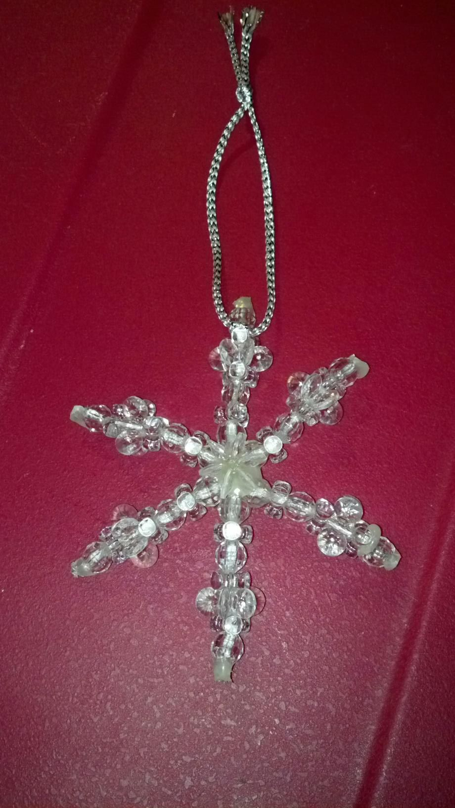 Bead Snowflake Http Www Ecrafty Com Casearch Aspx Searchterm Snowflake Beaded Snowflakes Beaded Ornaments Applique Quilting