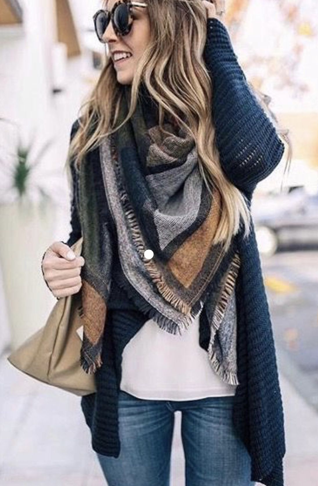 Great color combo. | Winter fashion outfits, Casual winter ...