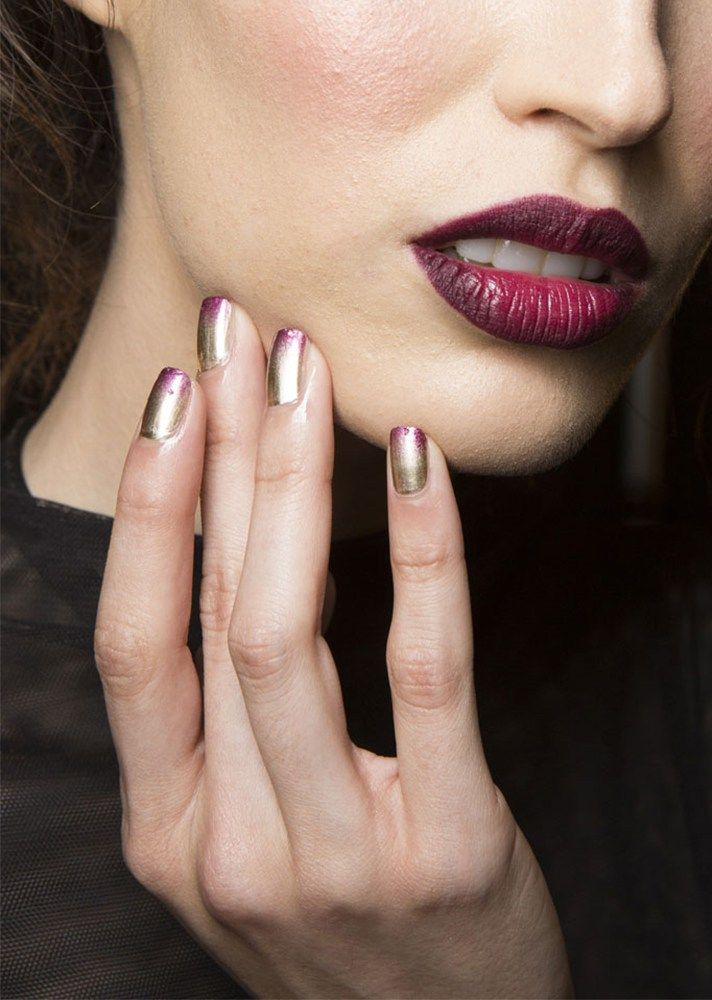 Browse the best nail art ideas from fashion month Spring 2017 at @StyleCaster | Michael Costello's metallic gold with pink tips