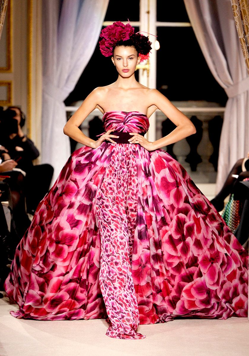 Giambattista Valli Sp '12 couture. Beautiful colors and mix of patterns.