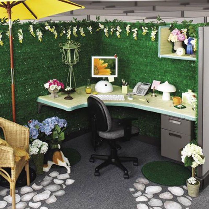 Simple cubicle decor with design ideas green color and for Creative cubicle ideas