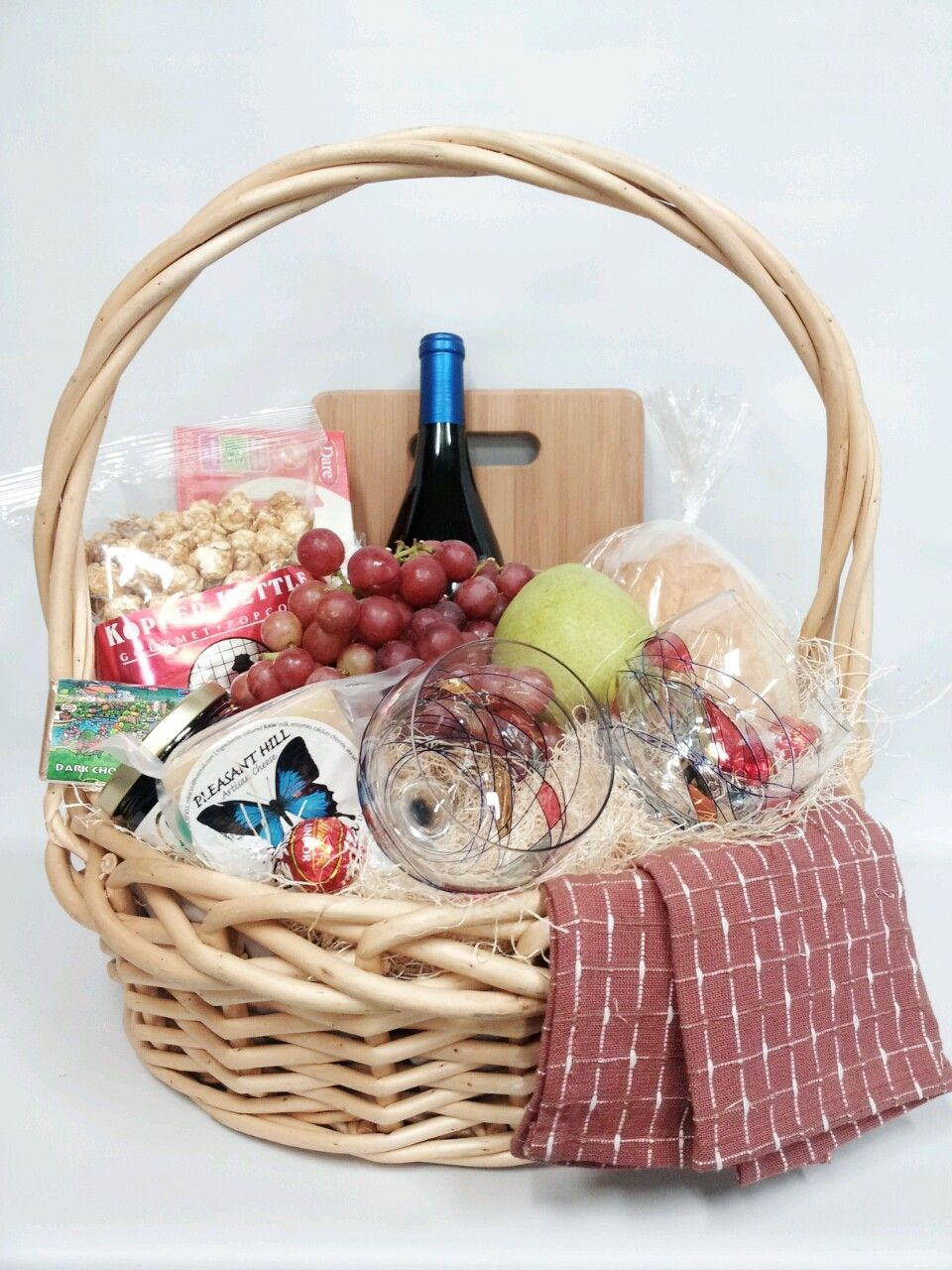 Gourmet gluten food and wine basket as a christmas gift