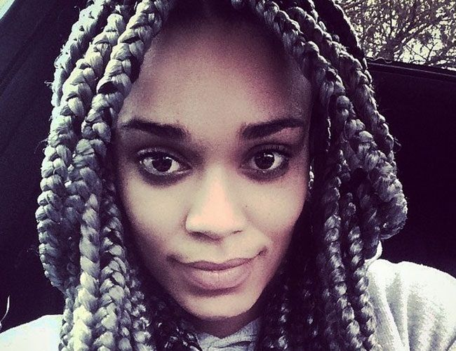 What Do You Think Of Pearl Thusi 39 S Grey Braids Women24 Grey Box Braids Box Braids Blue Box Braids