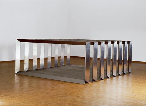 Donald judd untitled eight modular unit v channel piece for Minimal art judd