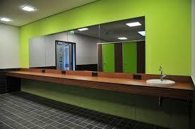 Bildergebnis für umkleide architektur farbe