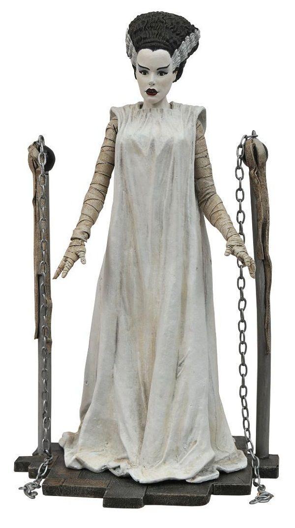 Diamond Select Toys Brings Back The Universal Monsters Monster Costumes Bride Of Frankenstein Bride Of Frankenstein Costume