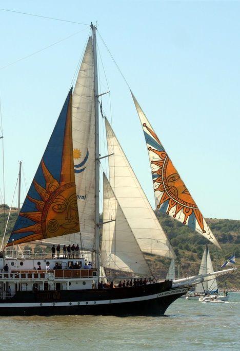 Fragata Capitán Miranda - Puerto de MontevideoPINTADA LAS VELAS POR EL ARSTISTA  CARLOS PAEZ VILARO