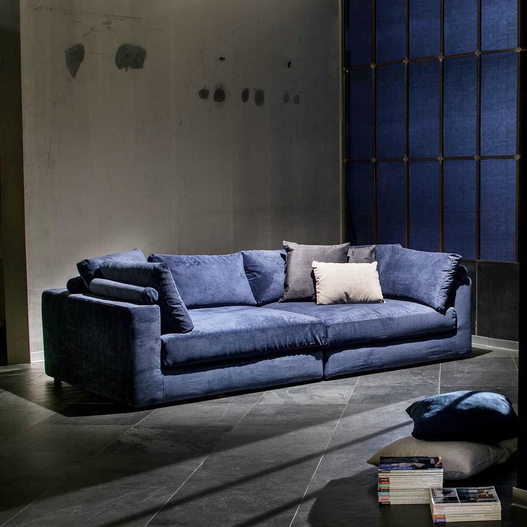 Ovvio Tavoli Da Giardino.Il Piacere Di Sedersi Ovvio Ovvioarredamento Sofa Infinity Homedesign Divano Ovvio Divani Divano