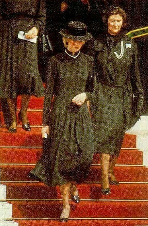 19 September 1982 Diana represents the Queen at Princess