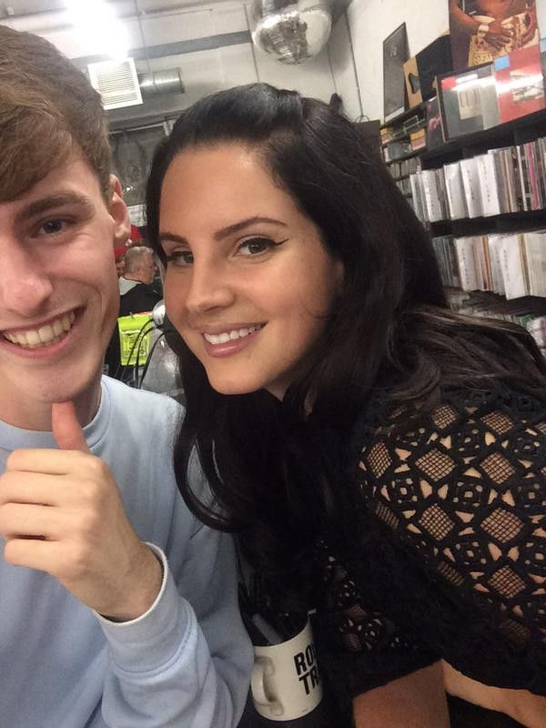 Lana with a fan at 'Rough Trade', London (Sept. 18, 2015)