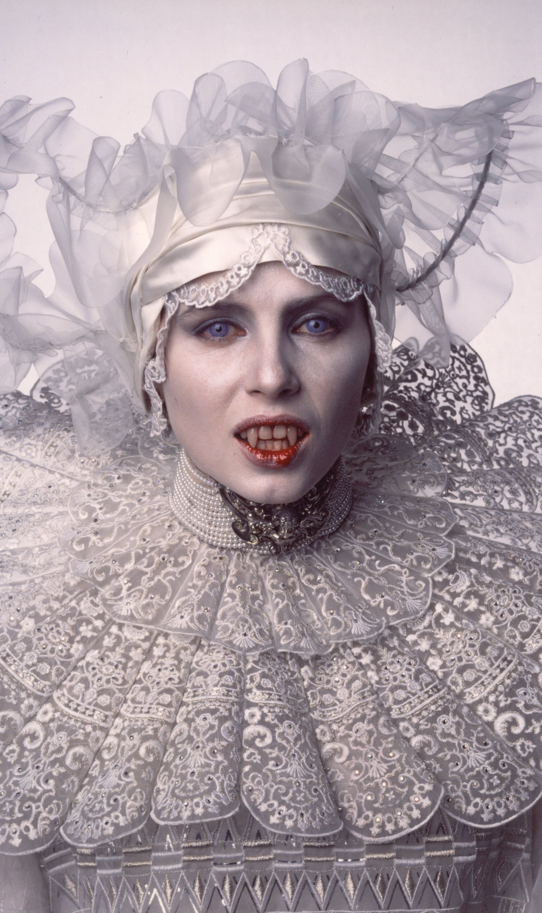 Sadie Frost In Bram Stokers Dracula 1992 Hq