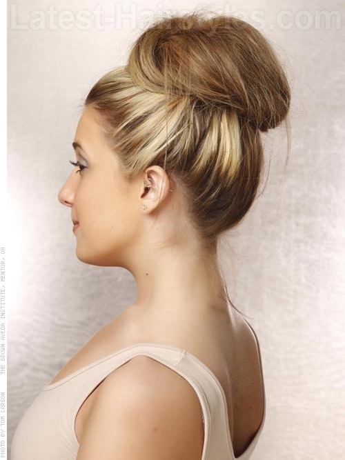 16 Super Easy Prom Hairstyles To Try The Softened Up Sock Bun
