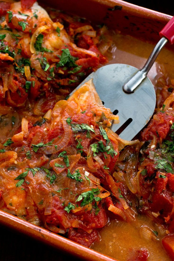 robust flavors in the tomato sauce work well with a variety of  white fishes If you have traveled in the Greek Islands, chances are you have had this fish Use a white-fleshed fish that will stand up to the robust flavors in the tomato sauce
