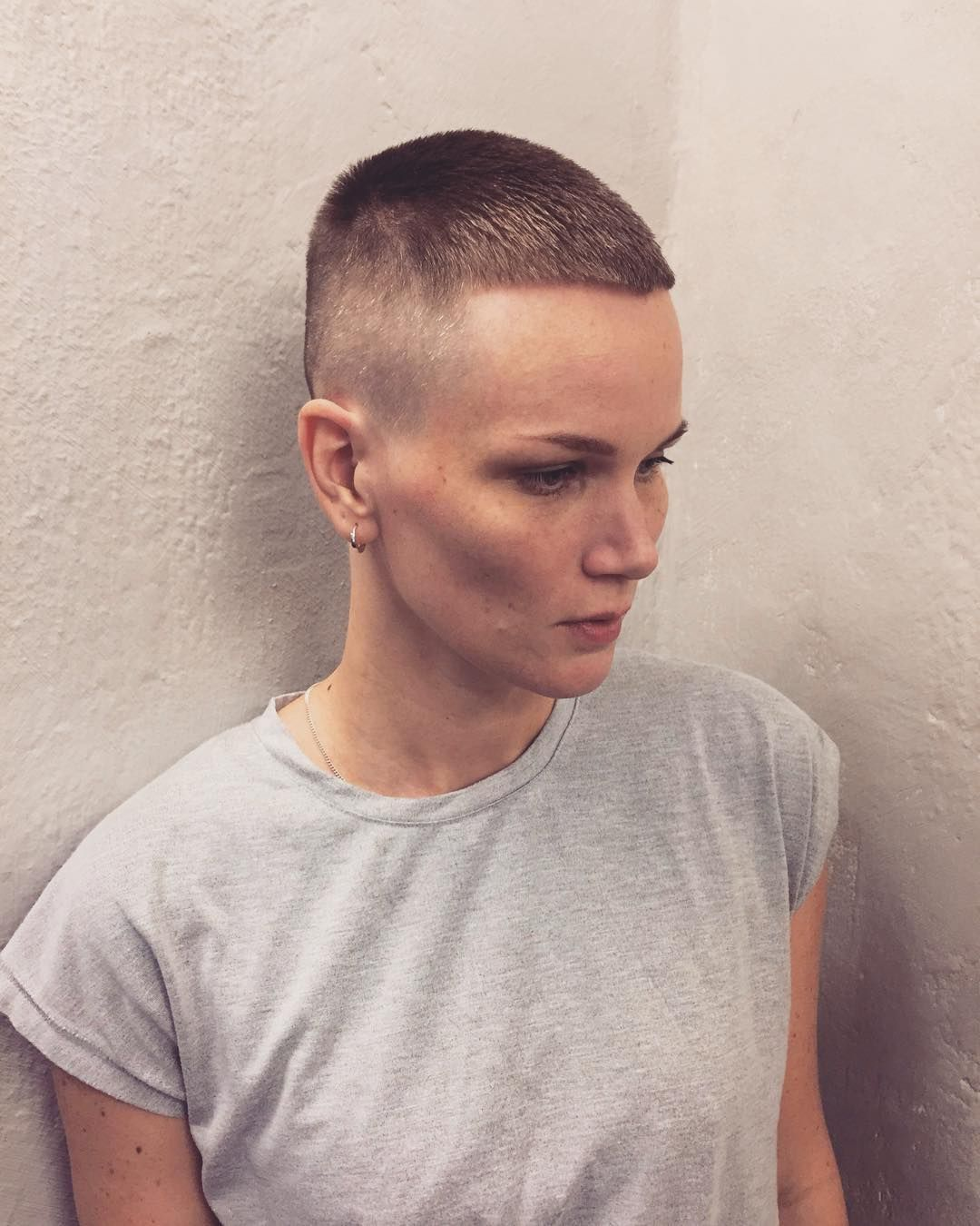 Woman With Buzzcut Military Haircut Military Haircut Buzzed Hair Women Girl Haircuts