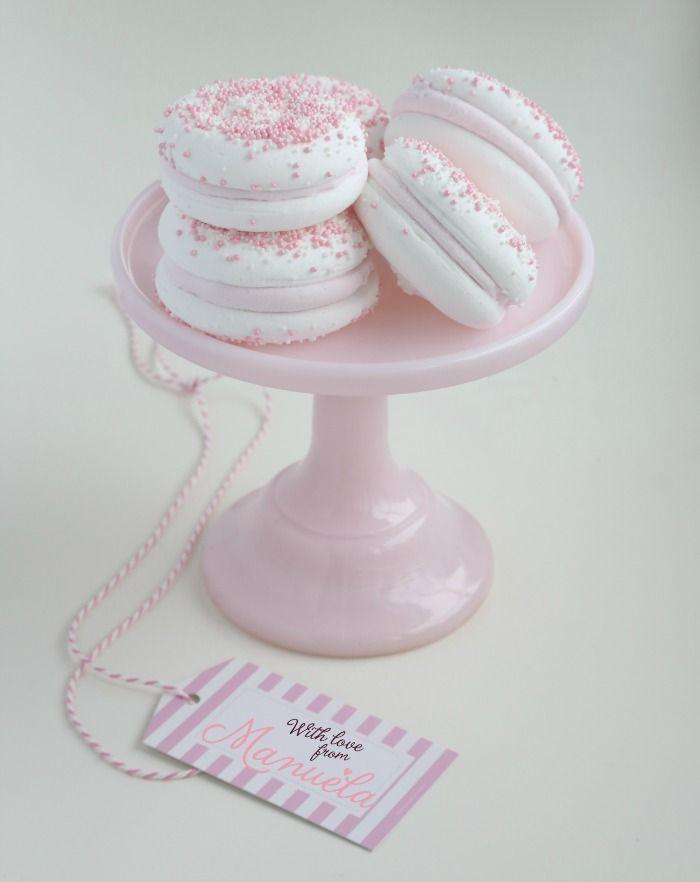 Con amor de Manuela.  Bellos macarons de malvaviscos!