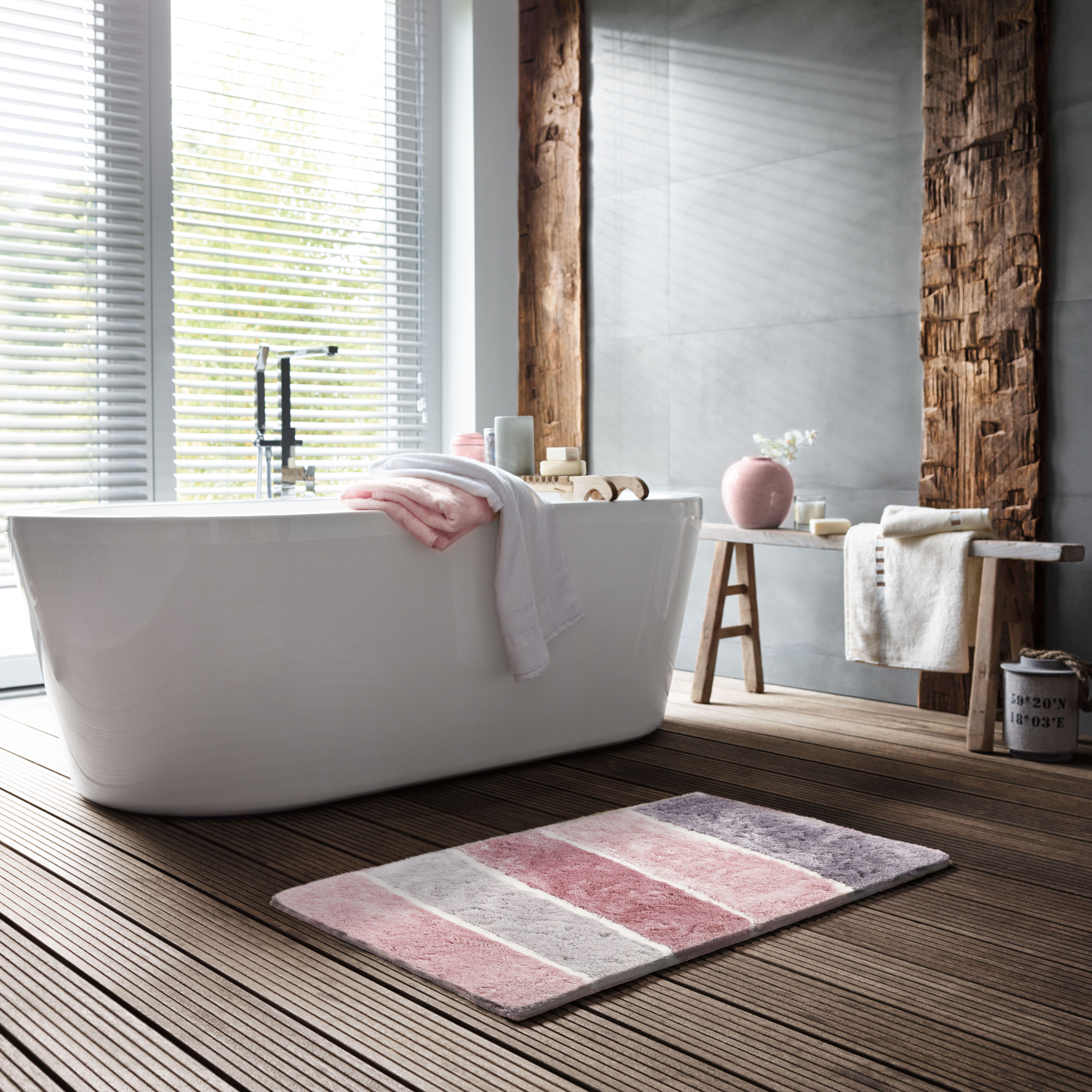 Wie Eine Warme Sommerbrise Die Deine Fusse Umschmeichelt Super Weich Und Fusselfrei Rutschhemmende Gummierung Mas Bathroom Renovations Home Clawfoot Bathtub