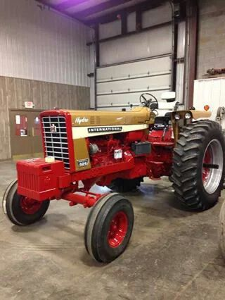 Used IH Tractor 826- AltiMaskiner.dk