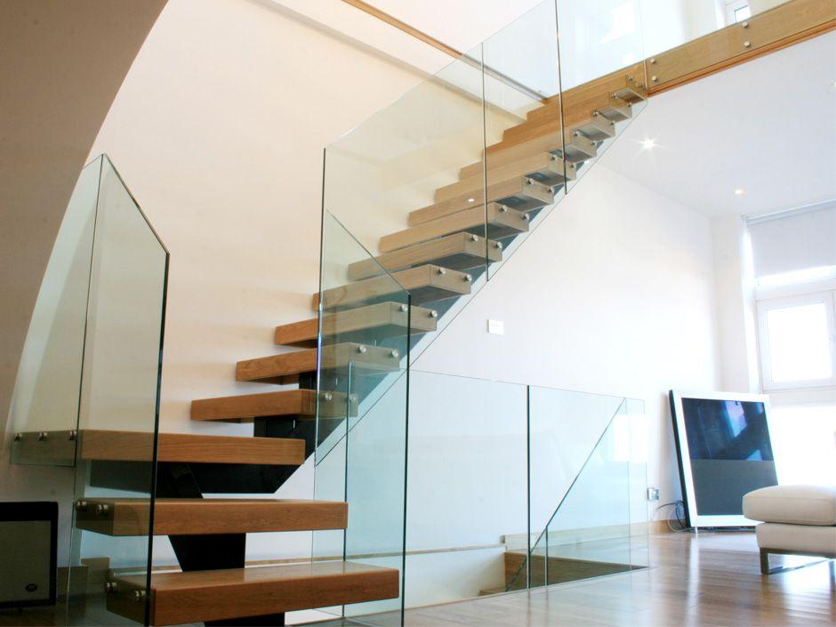 Best Stigahandrið Úr Gleri Plexi Bespoke Staircases Stairs 400 x 300