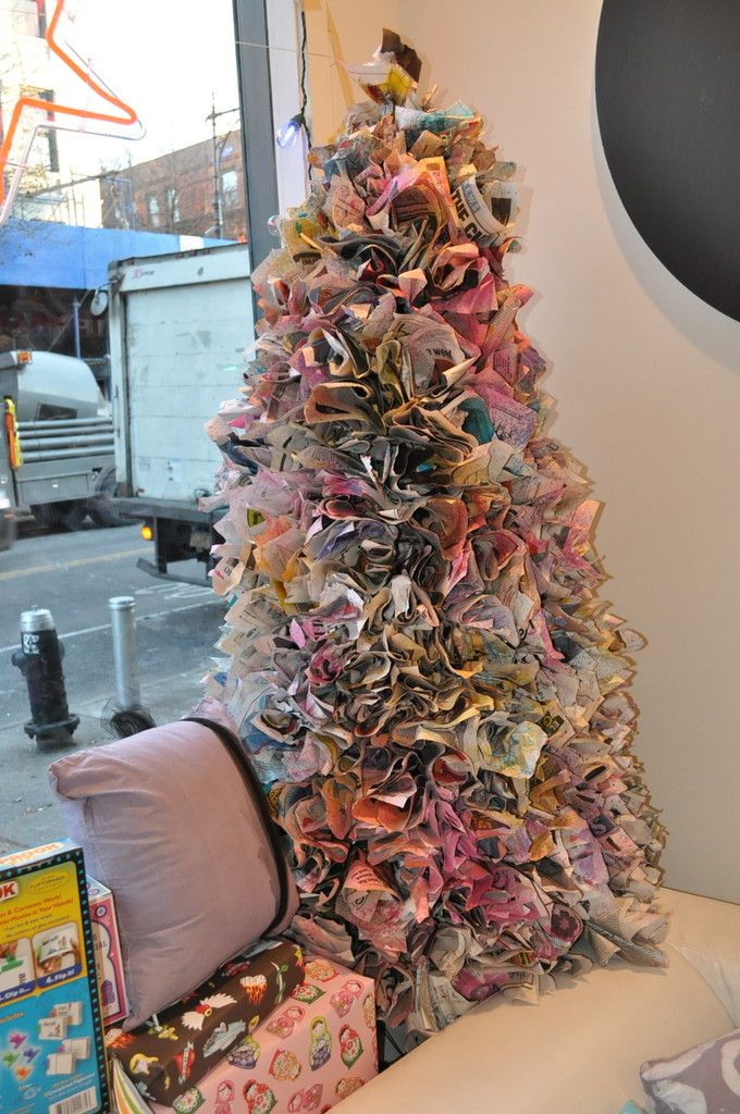 how to do a #DIY holiday tree from newspaper via @Lonny Magazine - How To Make A Newspaper Christmas Tree 9