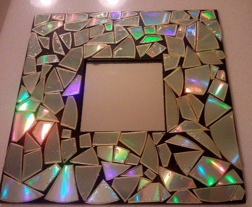 Get the best out of waste cd s in the form of a shiny for Wall hanging best out of waste