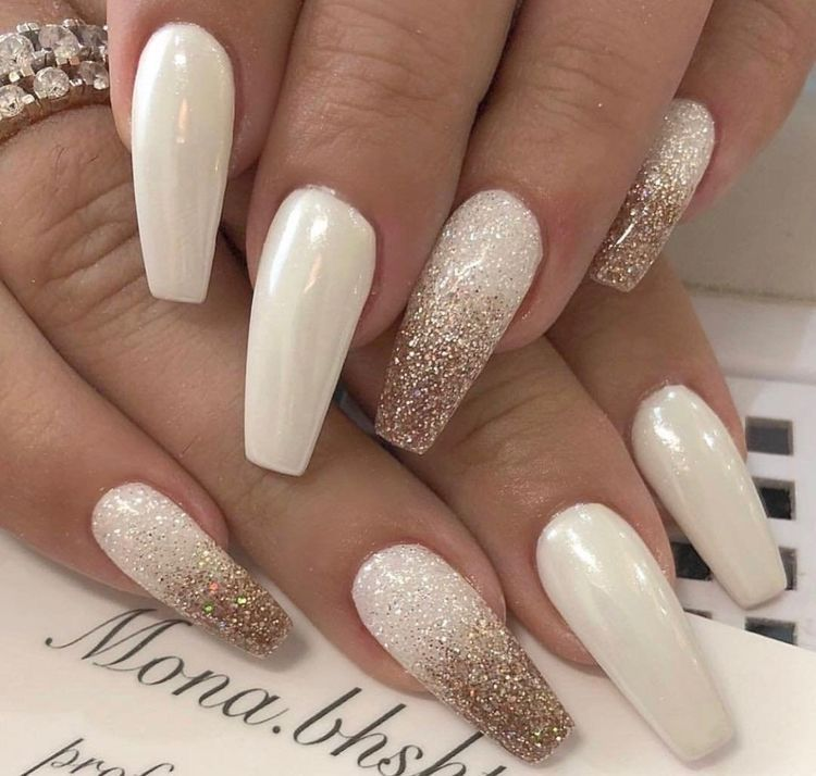 Pin By Juany Mrtz On Ongles White Coffin Nails Ballerina Nails Coffin Nails Designs