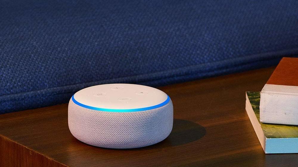 Alexa Die Lustigsten Befehle Und Fragen Fur Amazon Echo Amazon Echo Alexa Spruche Dekoration