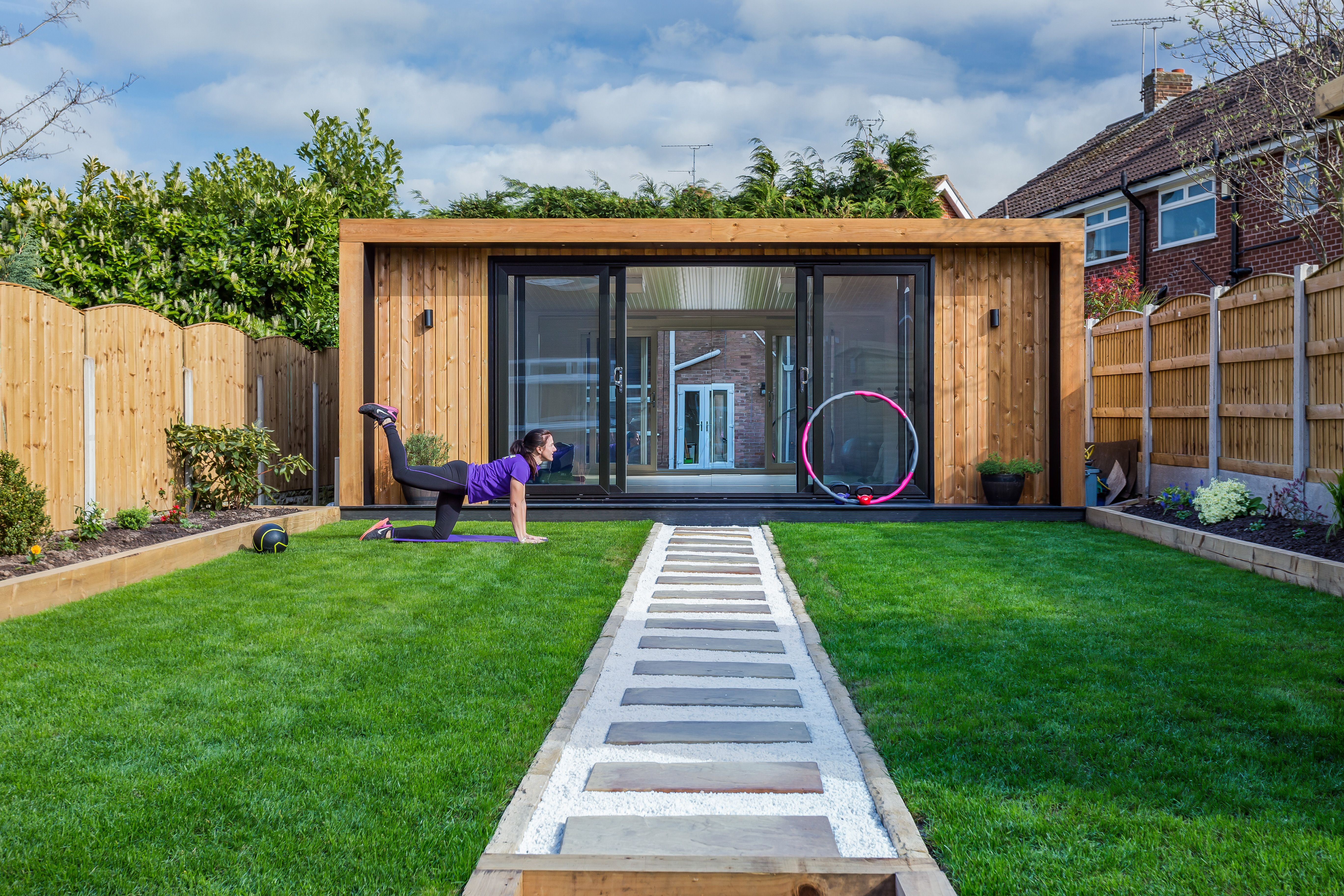 The UK\'s original garden room company - Green Retreats. \'The Edge ...