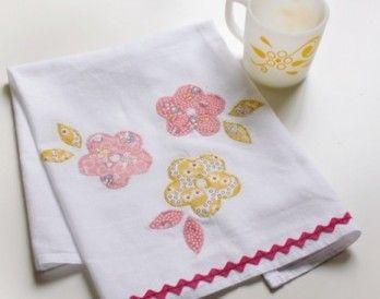 Perfect Hostess Gift! Applique Tea Towels